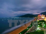 Binh Dinh promueve inversiones en desarrollo turístico