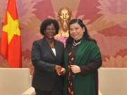 Vietnam y Mozambique forjan lazos legislativos