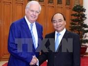 Premier recibe a profesor de Universidad estadounidense de Harvard