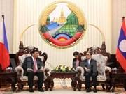 Laos y Filipinas acuerdan intensificar la cooperación en diversos sectores