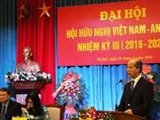 Vietnam y Argelia fortalecen cooperación en economía y comercio