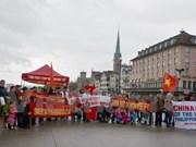 Protesta pacífica en Suiza contra acciones violatorias de China en el Mar del Este