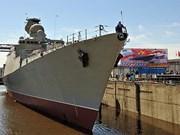 Bota Rusia buque de guerra Gepard construido para Vietnam