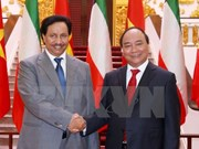 Premier vietnamita afirma importancia al impulso de nexos con Kuwait
