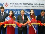 Premier vietnamita aboga por superar barreras en intercambio mercantil con Rusia