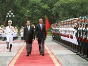 Primeras actividades de presidente Obama en Hanoi