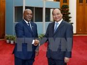 Fomentan Vietnam y Mozambique cooperación en transporte y comunicación