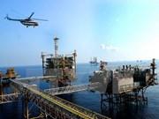Firman memorandos sobre cooperación petrolera Vietnam-EE.UU.
