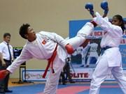 Participan karatecas extranjeros en torneo abierto en Vietnam