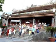 Un millón de turistas visitan Hue, antigua capital imperial de Vietnam