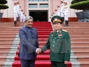 Vietnam e India profundizan cooperación en Defensa