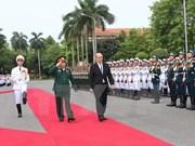 Vietnam y Francia considerarán mecanismo de diálogo estratégico de defensa