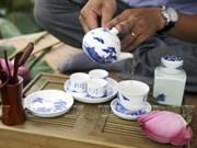 El deleite de los hanoyenses de beber té