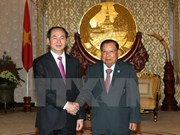 Visita a Laos del presidente de Vietnam capta especial atención de prensa