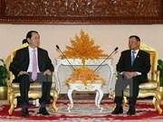 Presidente de Vietnam se reúne con líderes de Camboya