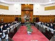 Japón ayuda a Vietnam en reestructuración de empresas y bancos