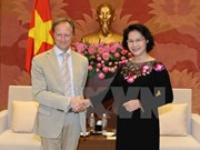 Presidenta del Parlamento vietnamita recibe a embajadores europeos