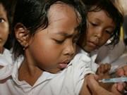 Indonesia recomienda a padres consultar médicos ante escándalo de vacuna