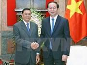 Presidente de Vietnam recibe a jefe de Oficina presidencial de Laos