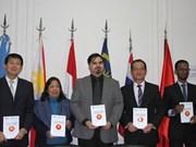 Presentan compilación de ensayos galardonados del concurso sobre ASEAN en Argentina