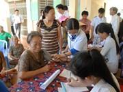 Organización caritativa AusViet asiste a pobres en provincia de Vietnam