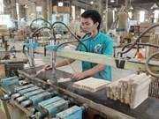 Abren nueva fábrica de productos madereros en provincia vietnamita