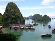 Bahía de Ha Long entre los destinos ideales de Sudeste de Asia