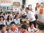 Hanoi se esfuerza por aumentar las ayudas a niños con situación difícil