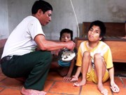 Buscan impulsar asistencia a víctimas de agente naranja en Vietnam