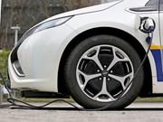 Tailandia promueve uso de automóviles eléctricos
