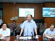 Premier manda suspender reuniones para enfrentar al potente tifón Dianmu