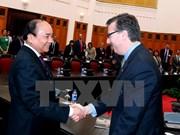Vicepresidente de parlamento de Vietnam recibe a empresarios de EE.UU.