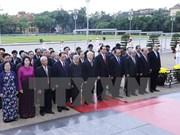 Líderes vietnamitas rinden homenaje a Ho Chi Minh y mártires
