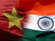 Visita de premier de India a Vietnam: Renovación de nexos tradicionales