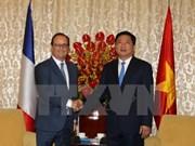 Presidente Francois Hollande visita Ciudad Ho Chi Minh