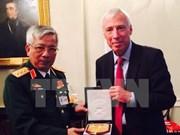 Vietnam: Mantenimiento de paz debe acompañar reconstrucción