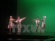 Actuaciones de ballet en conmemoración de 20 años de lazos Hanoi–Toulouse