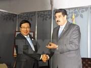 Vicepremier vietnamita recibido por Nicolás Maduro