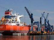 Vietnam busca medidas para promover desarrollo de puertos marítimos