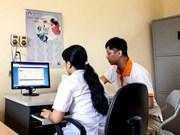 Hanoi reduce a un día tiempo de otorgamiento de tarjeta de seguro médico