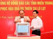 Pueblo de Vietnam se une para ayudar a víctimas de inundaciones