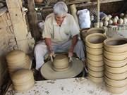 Aldea de cerámica Thanh Ha, otra atracción en ciudad antigua de Vietnam