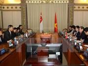 Ciudad Ho Chi Minh y Singapur acuerdan impulsar relaciones multifacéticas