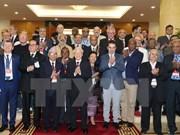 Delegados internacionales valoran logros de renovación de Vietnam