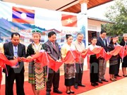 Donación de Embajada de Vietnam a provincia de Laos