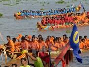 Inauguran en Camboya festival tradicional de regata de barcos