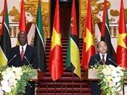Primer ministro de Mozambique visita Vietnam