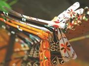 Libélulas de bambú de Thach Xa: el arte de hacer un juguete tradicional