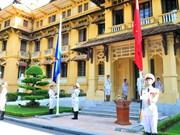 [Fotos] Izamiento de bandera de ASEAN en Hanoi