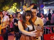 [Fotos] Hanoienses festejan Fiesta del Medio Otoño en Casco antiguo